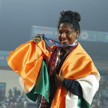 रिक्शा चालक की बेटी ने जीता गोल्ड
